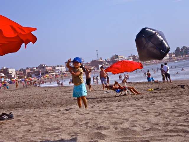 Girl with Kite in Huanchaco